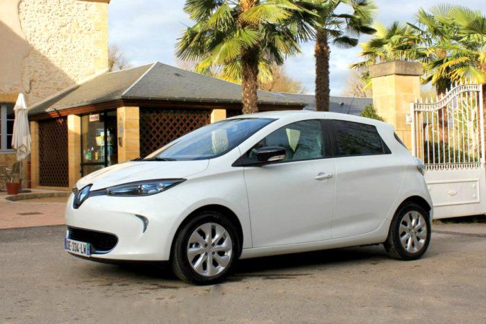 Une voiture électrique à disposition