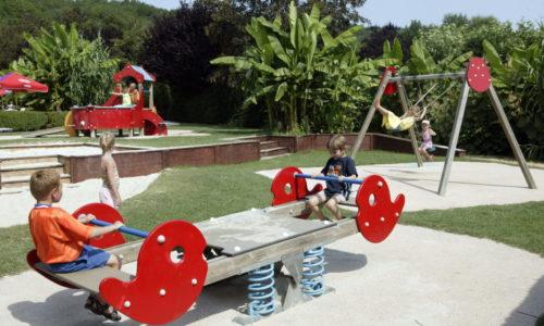 Activités Aire de jeux pour les enfants au Camping Le Paradis