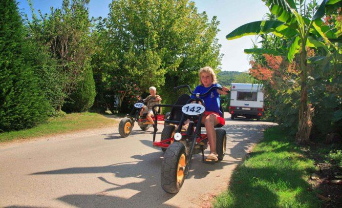 Location de kart et vélos au Camping Le Paradis